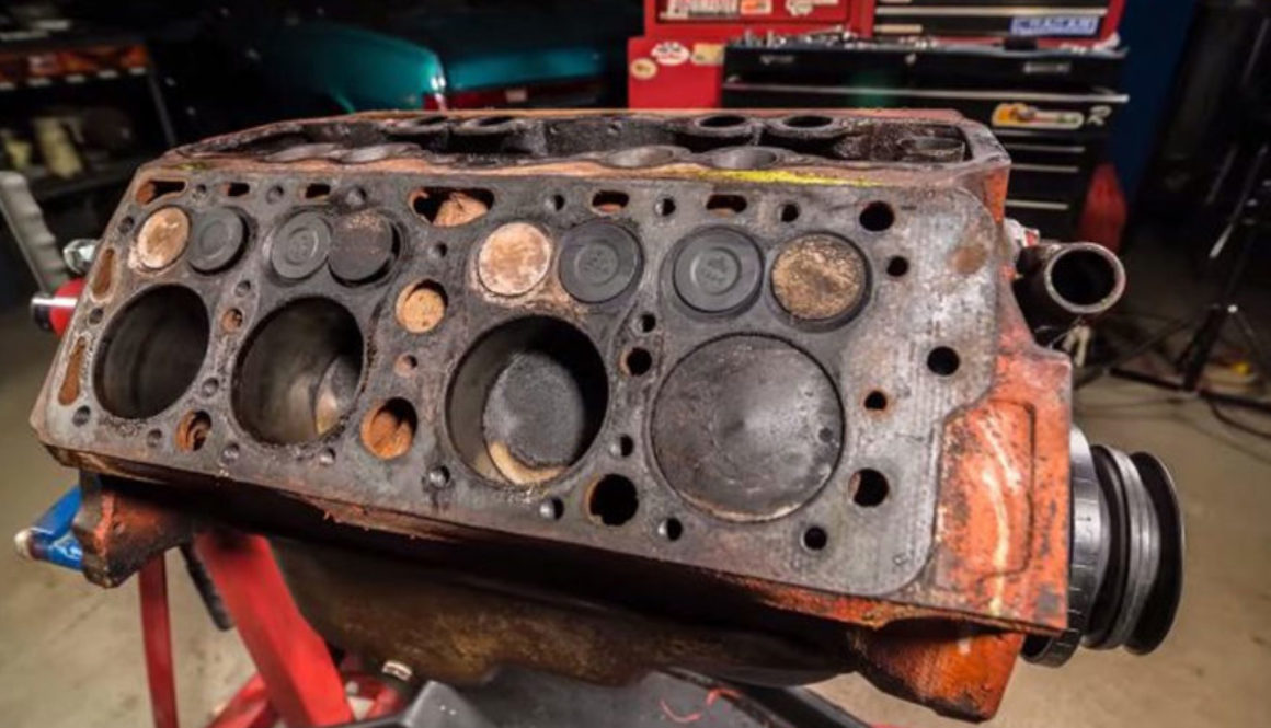 Reforma do Motor Ford Flathead V8